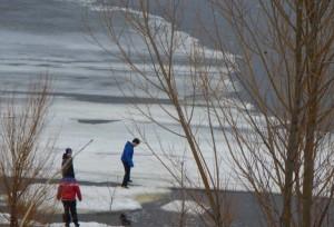 Школьник на льдине